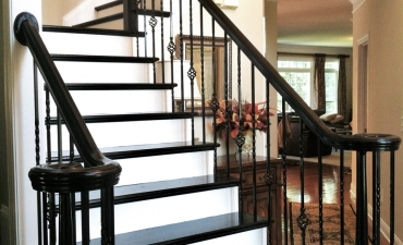 Painted Stair Treads, Rails and Spindles 02